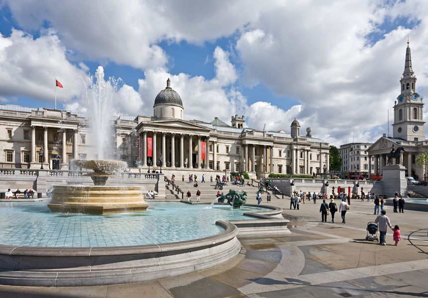 Trafalgar Square and its Famous Galleries