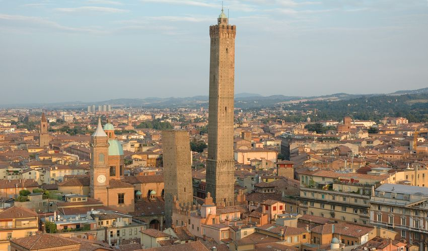 Due Torri di Bologna - Two Towers