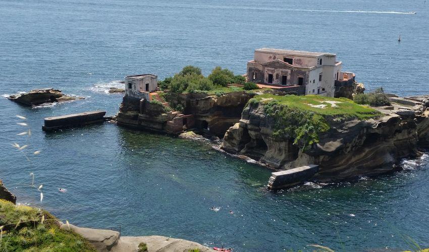 La Gaiola Island