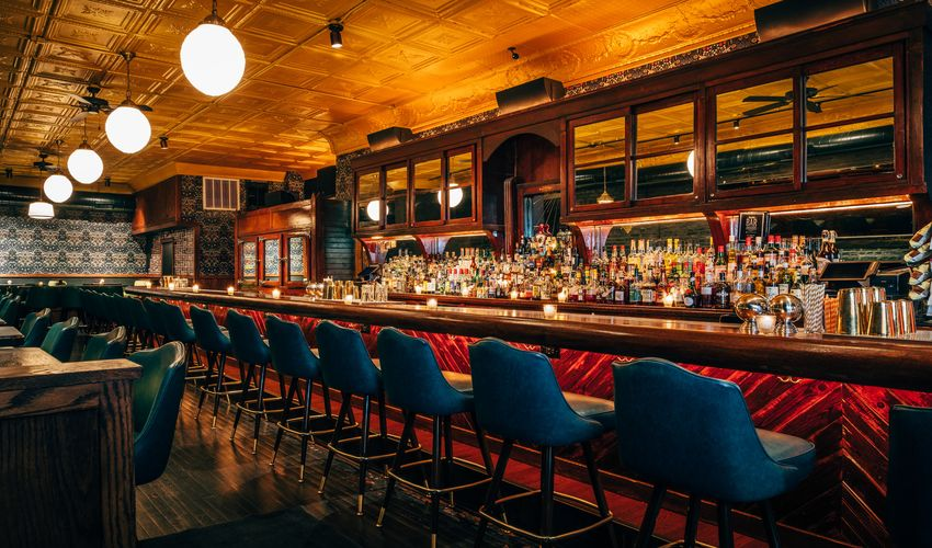 Chicago Take a Gangster or Ghost Tour & Pub Crawls