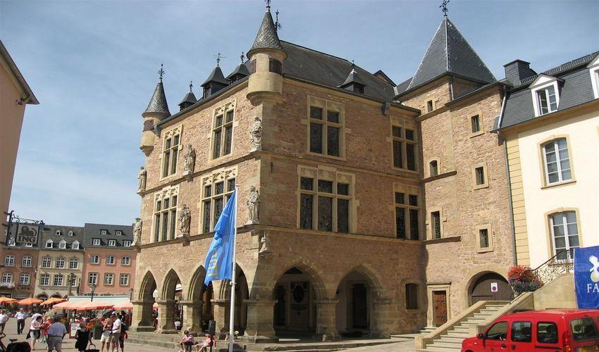 Denzelt Courthouse